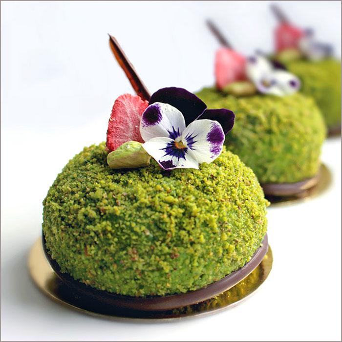 Lime Greek Yogurt and Pistachio Dessert - L'Eveil